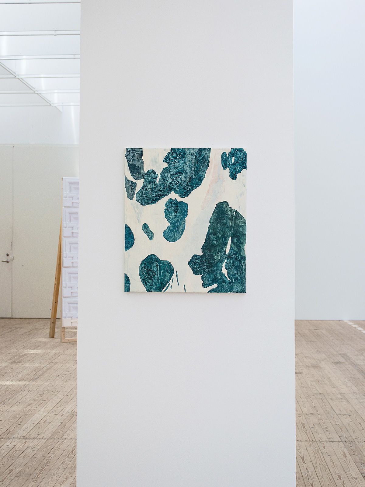Copycat Underdog (2013), at Malmö Konsthall, Malmö, Sweden. Installation view. Bark III 45 x 53 cm, acrylic on canvas.