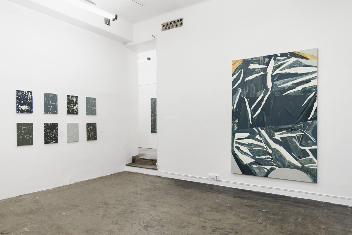 B-B-B-Bootlegs, installation view, Gallery Steinsland Berliner. From left to right: Carvings (2016-2017), 29 x 42 cm, oil on canvas. Xerox Dust (detail) (2017), 90 x 130 cm, acrylic on canvas. Flatbed (2017), 150 x 230 cm, acrylic on canvas.