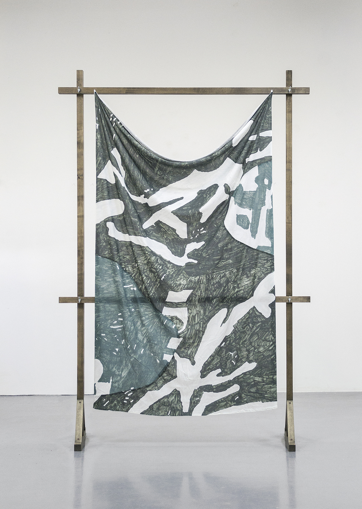 Shirt (Bootleg) (2016), 160 x 210 cm, print/collage on cotton, wooden structure